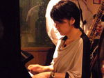 ピアノは中田由美.jpg