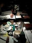 ミーティングのテーブルの上